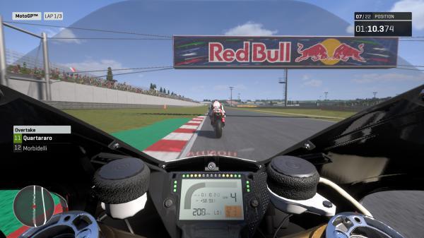 世界摩托大奖赛19游戏截图(4)